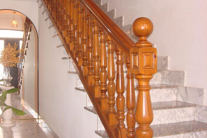 Escaleras barandillas y pasamanos de madera en sonseca - Barandillas de madera para interior ...