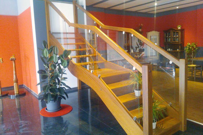 Escaleras barandillas y pasamanos de madera en sonseca - Escaleras de madera modernas ...
