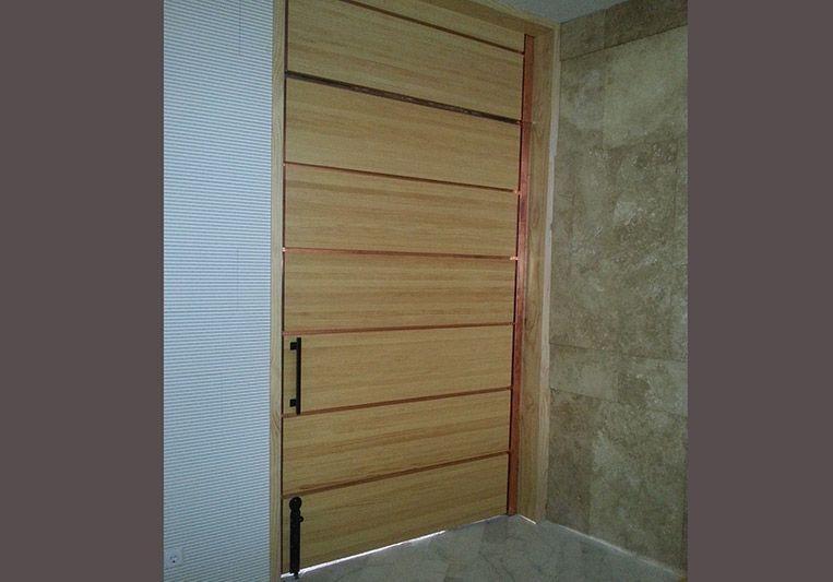 Puertas de madera y lacadas - Puertas rusticas interior ...